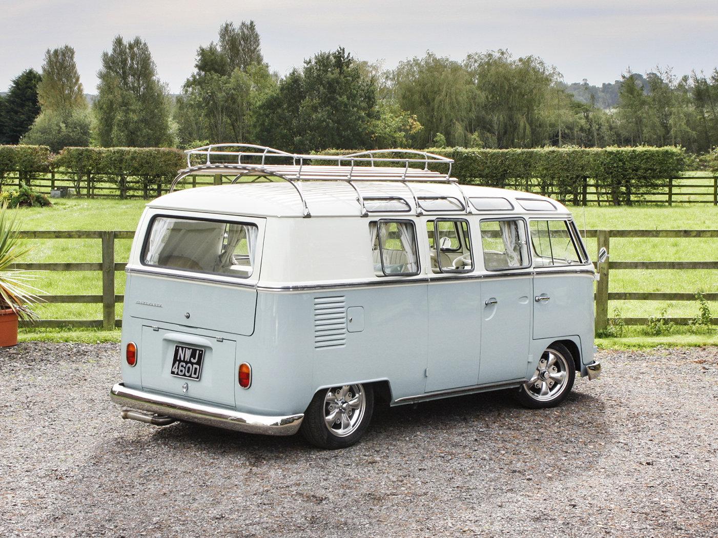 1966 Volkswagen 19-Window Barn-Door Camper For Sale (picture 3 of 6)