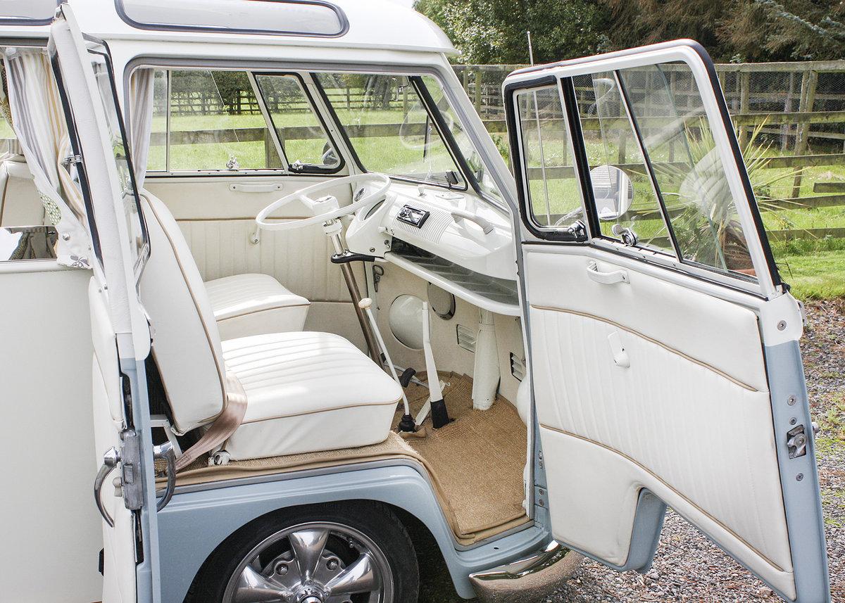 1966 Volkswagen 19-Window Barn-Door Camper For Sale (picture 4 of 6)