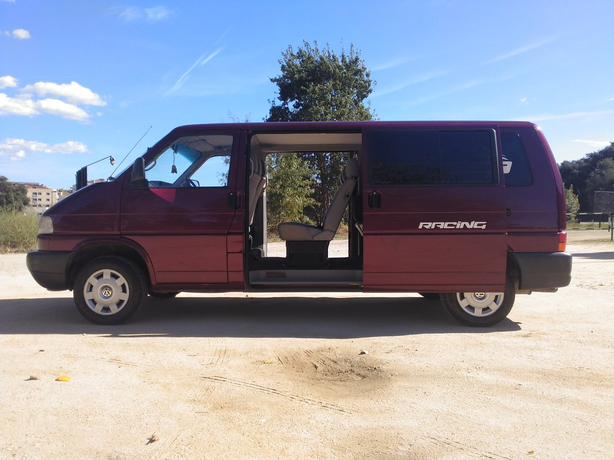 Volkswagen - Transporter Caravelle VR6 - 1997 For Sale (picture 3 of 6)