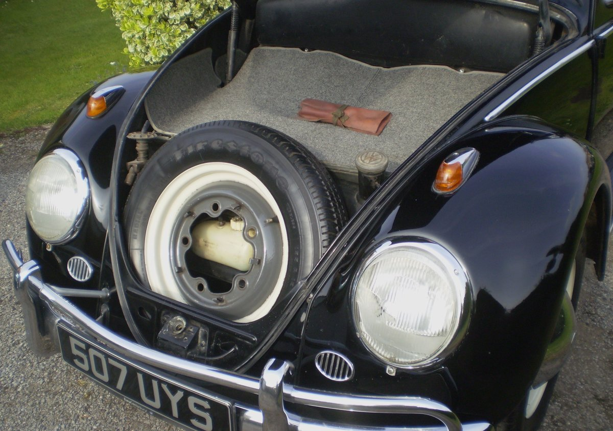 1961 VW Beetle UK RHD For Sale (picture 5 of 6)