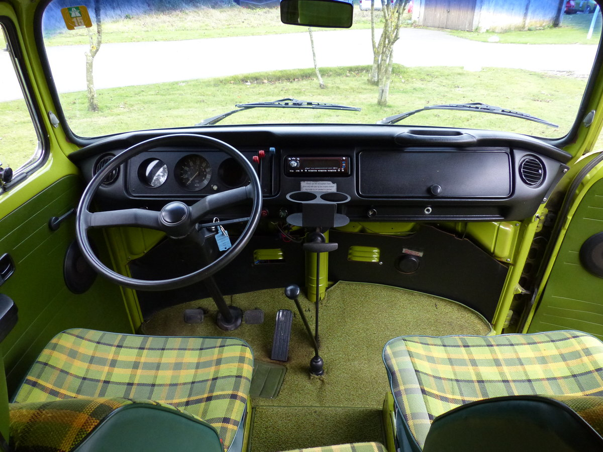 1977 TYPE 2 BAY WINDOW WESTFALIA BERLIN CAMPER 2.0 For Sale (picture 4 of 6)