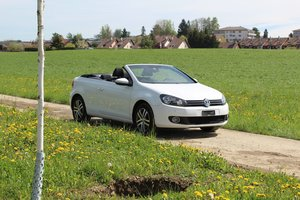 2013 Volkswagen Golf Cab. For Sale