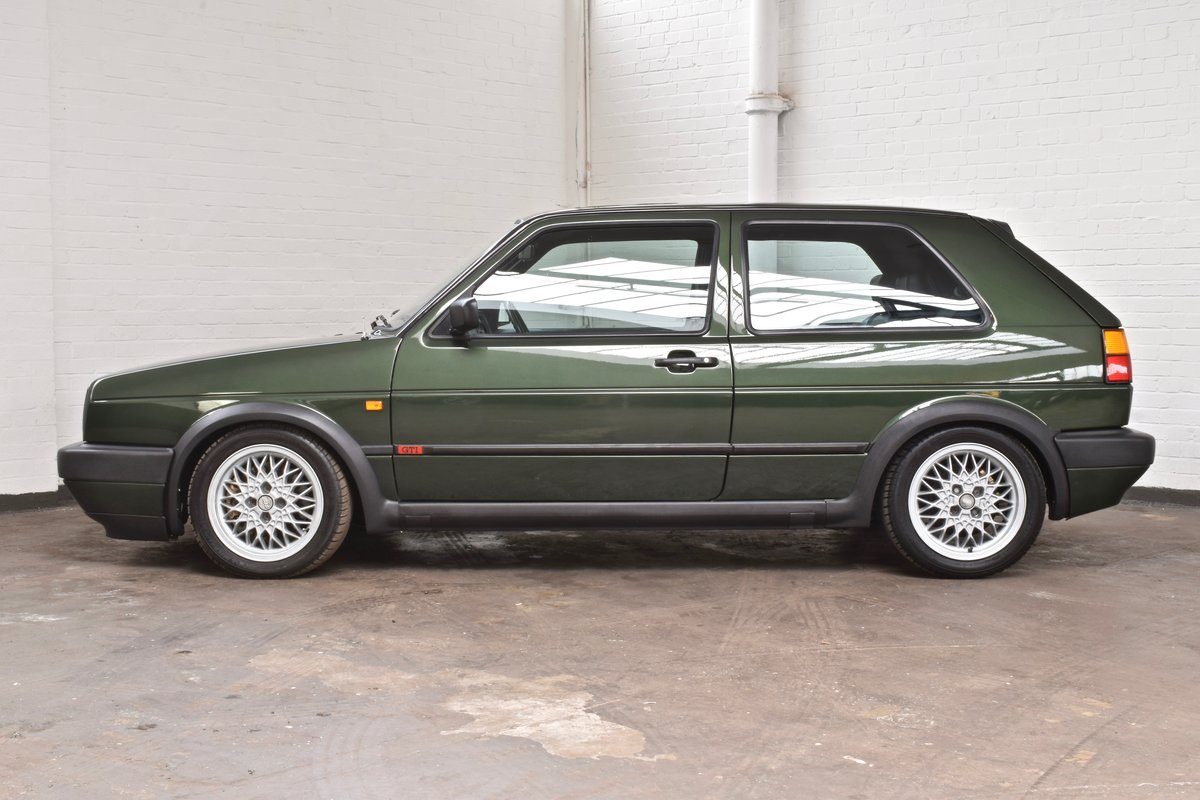 VW VOLKSWAGEN GOLF GTI MK2 OAK GREEN 3DR 1.8 8V 1991 SOLD (picture 5 of 14)