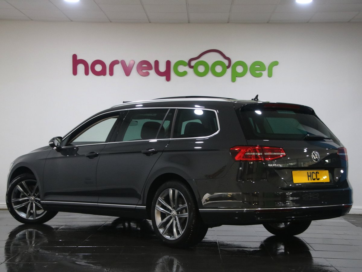 Volkswagen Passat 2.0 TDI GT 5dr [Panoramic Roof] 2019(19) For Sale (picture 3 of 6)