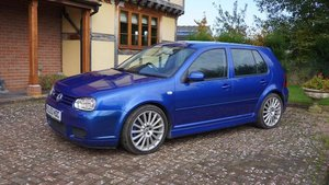 THE BEC COLLECTION 2003 VOLKSWAGEN GOLF R32