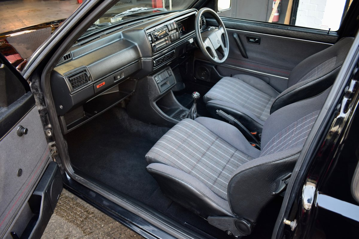 VW VOLKSWAGEN GOLF MK2 GTI 16V BLACK 3DR 1989 SMALL BUMPER For Sale (picture 5 of 9)