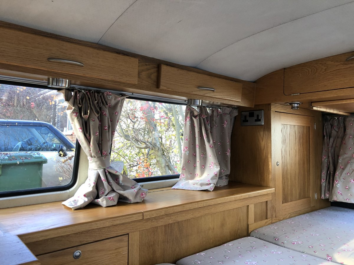 1971 VW T2 Bay Window Camper Van Crossover For Sale (picture 4 of 6)