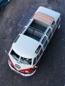"Fully restored 1962 Vw T1 microbus deluxe ""Samba"""