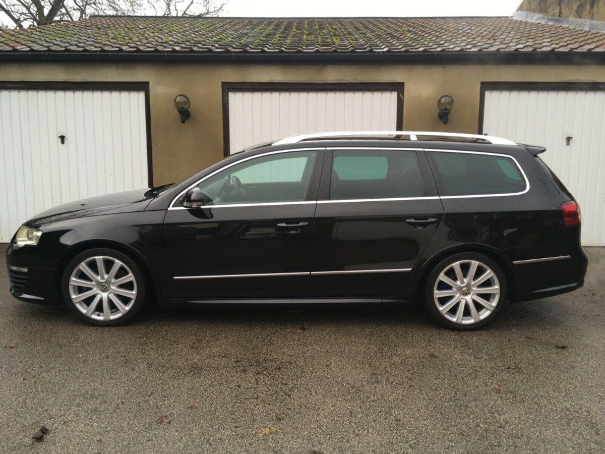 2009 09 Volkswagen Passat R36 Estate 3.6 V6 4Motion DSG SOLD (picture 4 of 6)