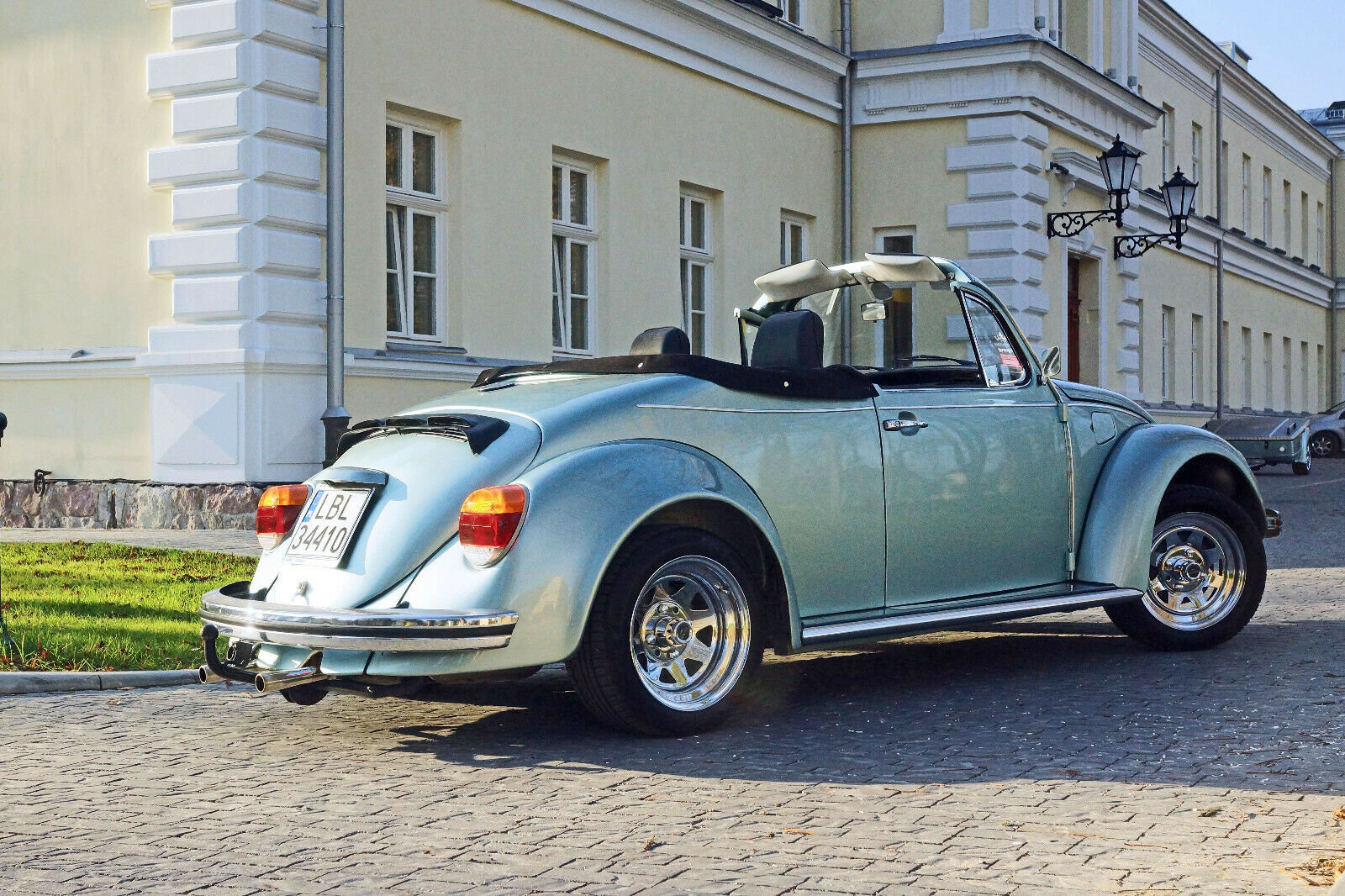 1984 Volkswagen Beetle Cabrio + tent trailer For Sale (picture 3 of 6)