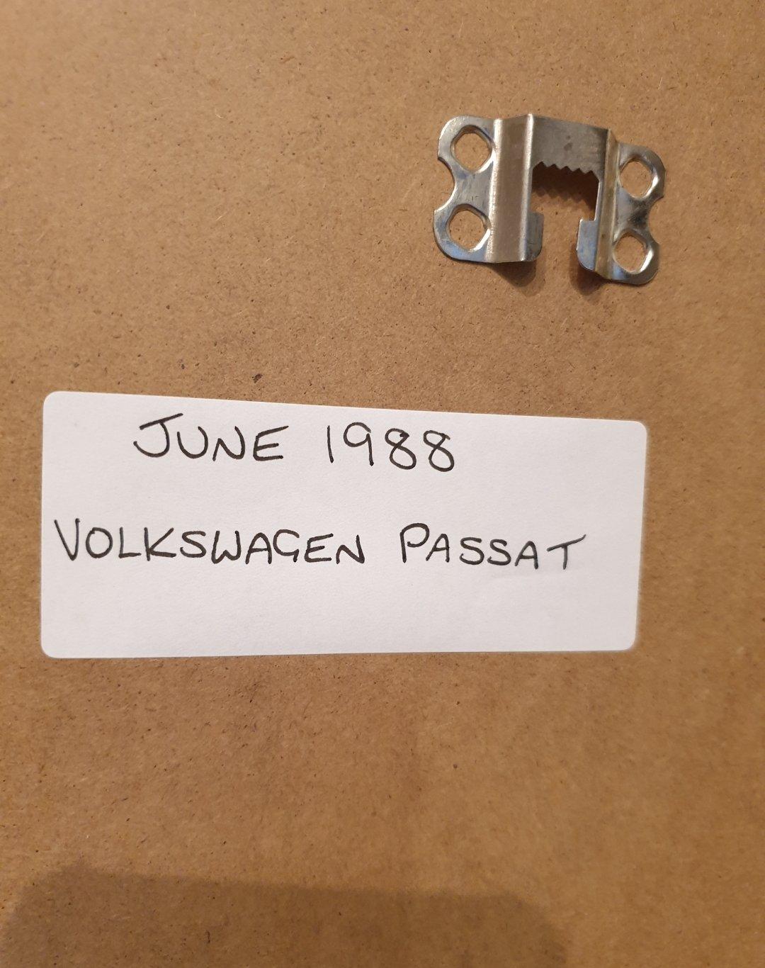 1988 VW Passat Framed Advert Original  For Sale (picture 2 of 2)