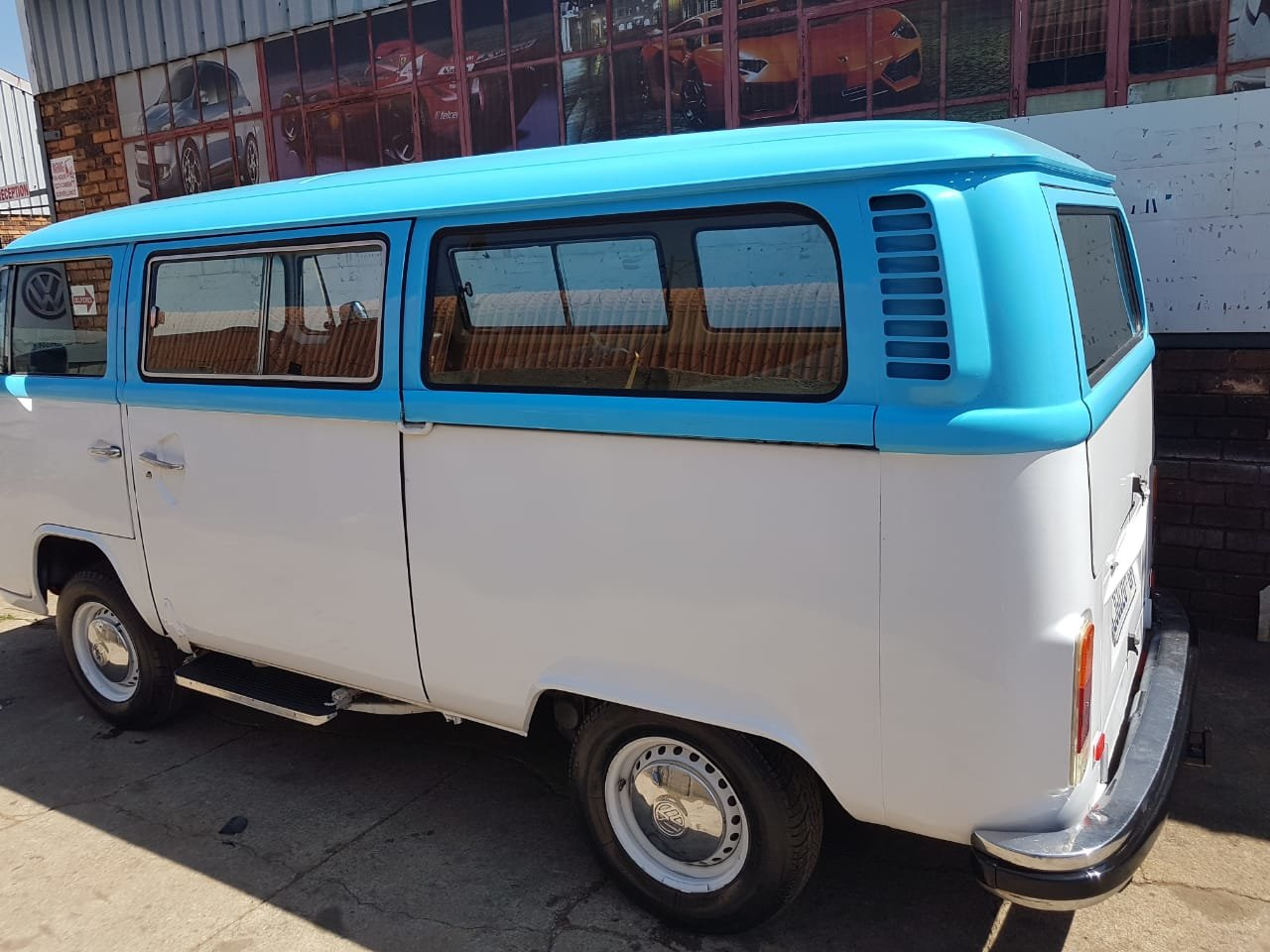 1976 VW Microbus - South African Import For Sale (picture 2 of 6)