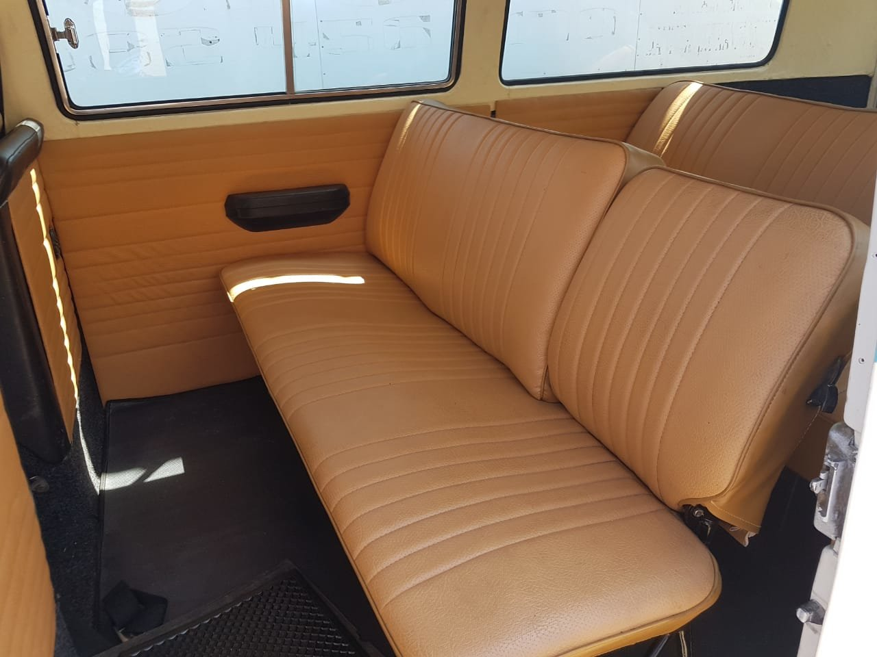 1976 VW Microbus - South African Import For Sale (picture 4 of 6)