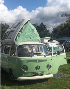 1971 T2 Bay camper loved all her life, needs new home