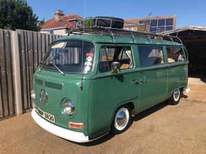 VW Early T2, uk bus, RHD, Velvet Green Danbury