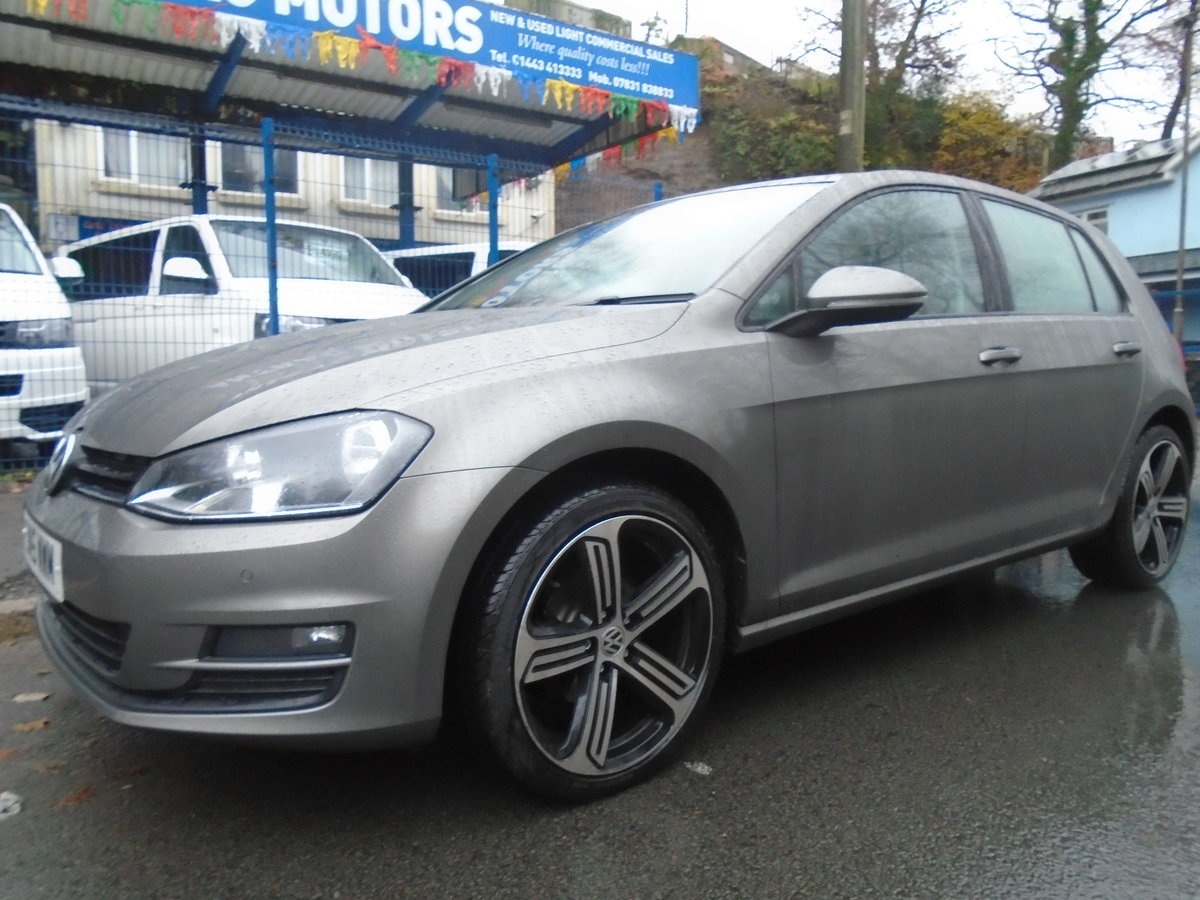 2015 Volkswagen Golf 1.6TDI ( 105ps ) BMT DSG Match AUTO For Sale (picture 1 of 6)
