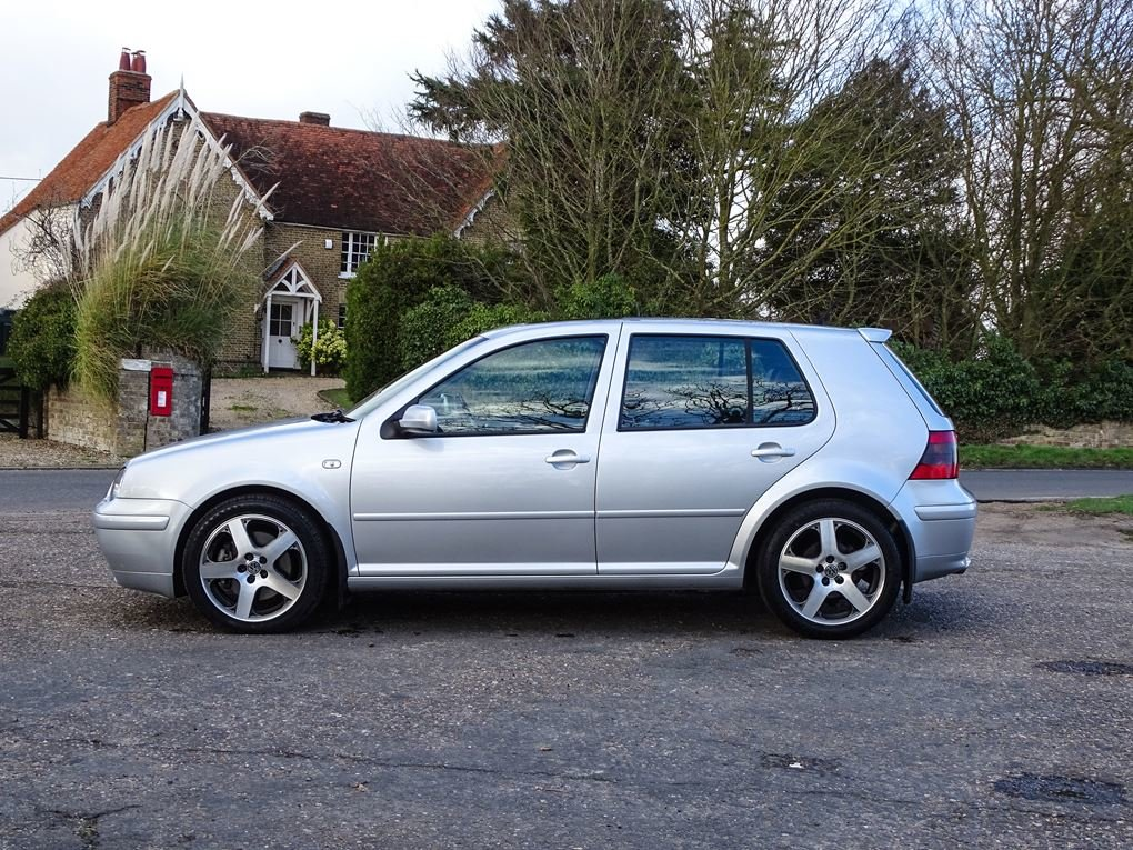 2002 Volkswagen  GOLF  2.8 V6 4MOTION 5 DOOR  5,948 For Sale (picture 2 of 14)