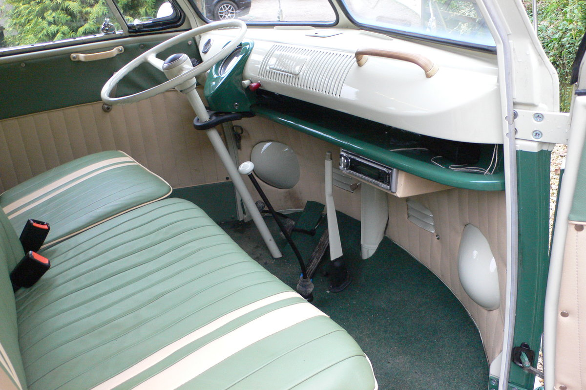 1966 Volkswagen Type 2 Split Screen Camper For Sale by Auction (picture 4 of 6)