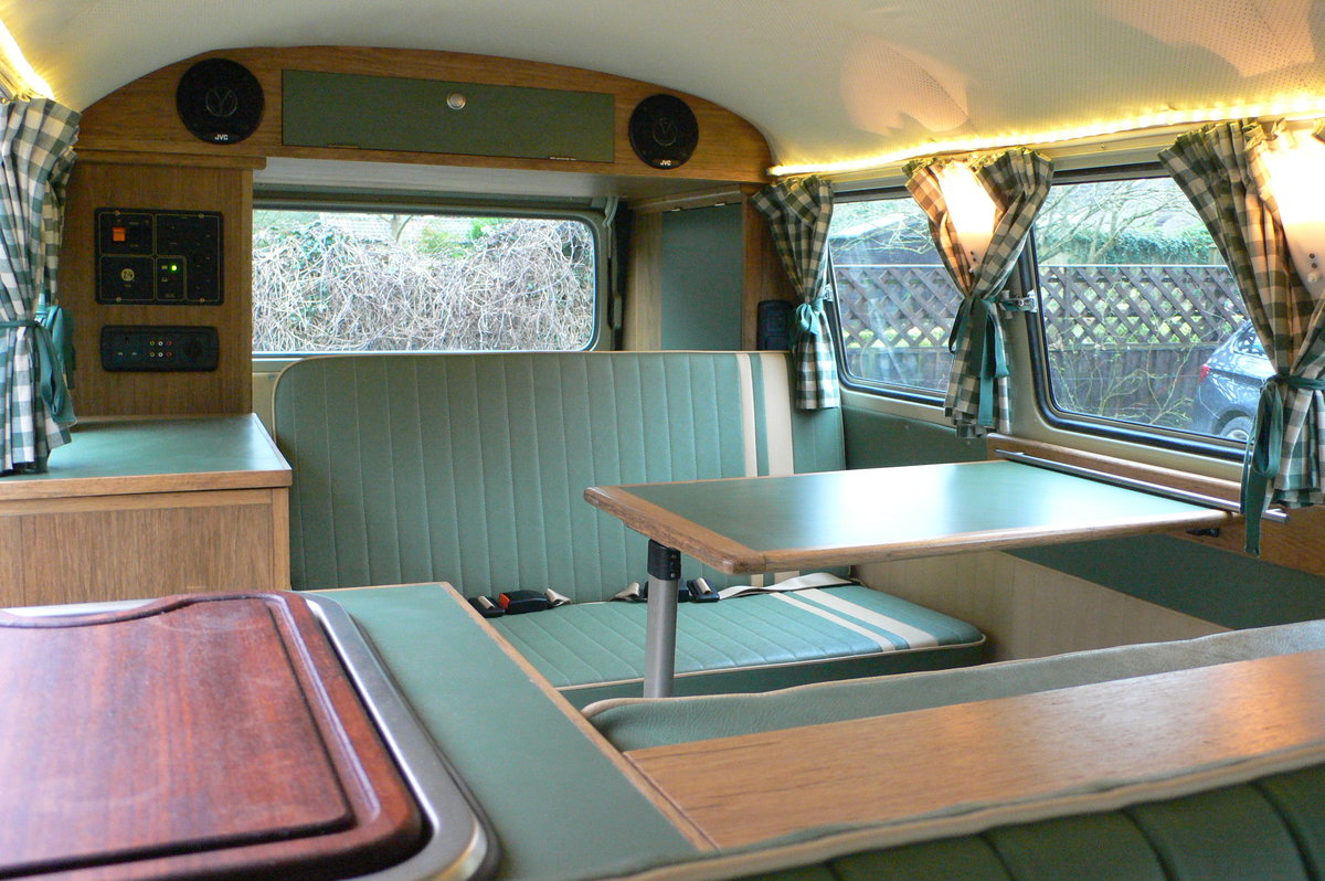 1966 Volkswagen Type 2 Split Screen Camper For Sale by Auction (picture 5 of 6)