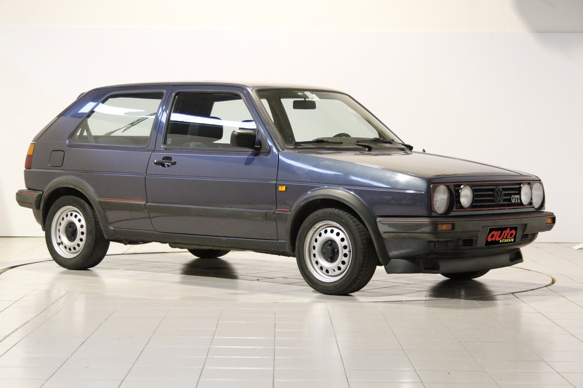 1988 volkswagen Golf GTI  For Sale (picture 1 of 6)