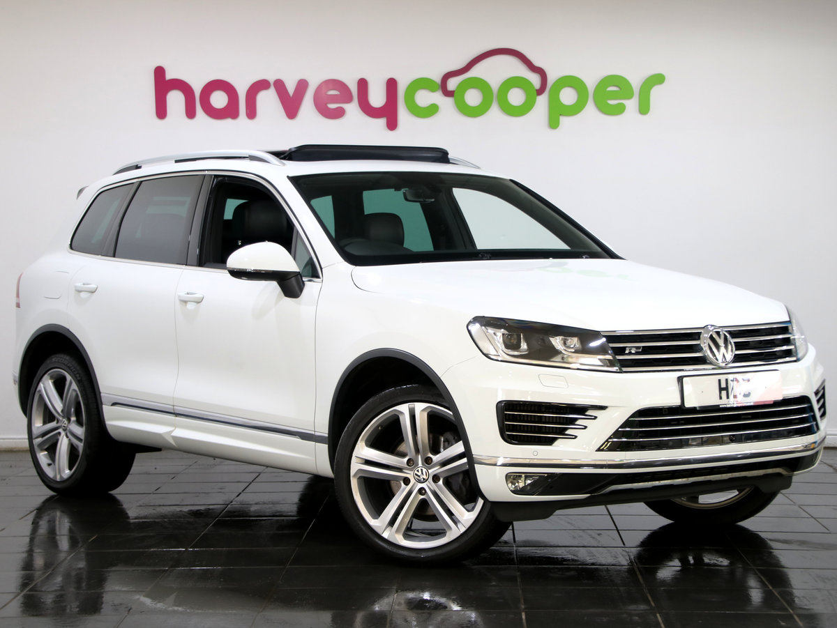 2017 Volkswagen Touareg 3.0 V6 TDI R Line + 5dr Auto For Sale (picture 1 of 6)