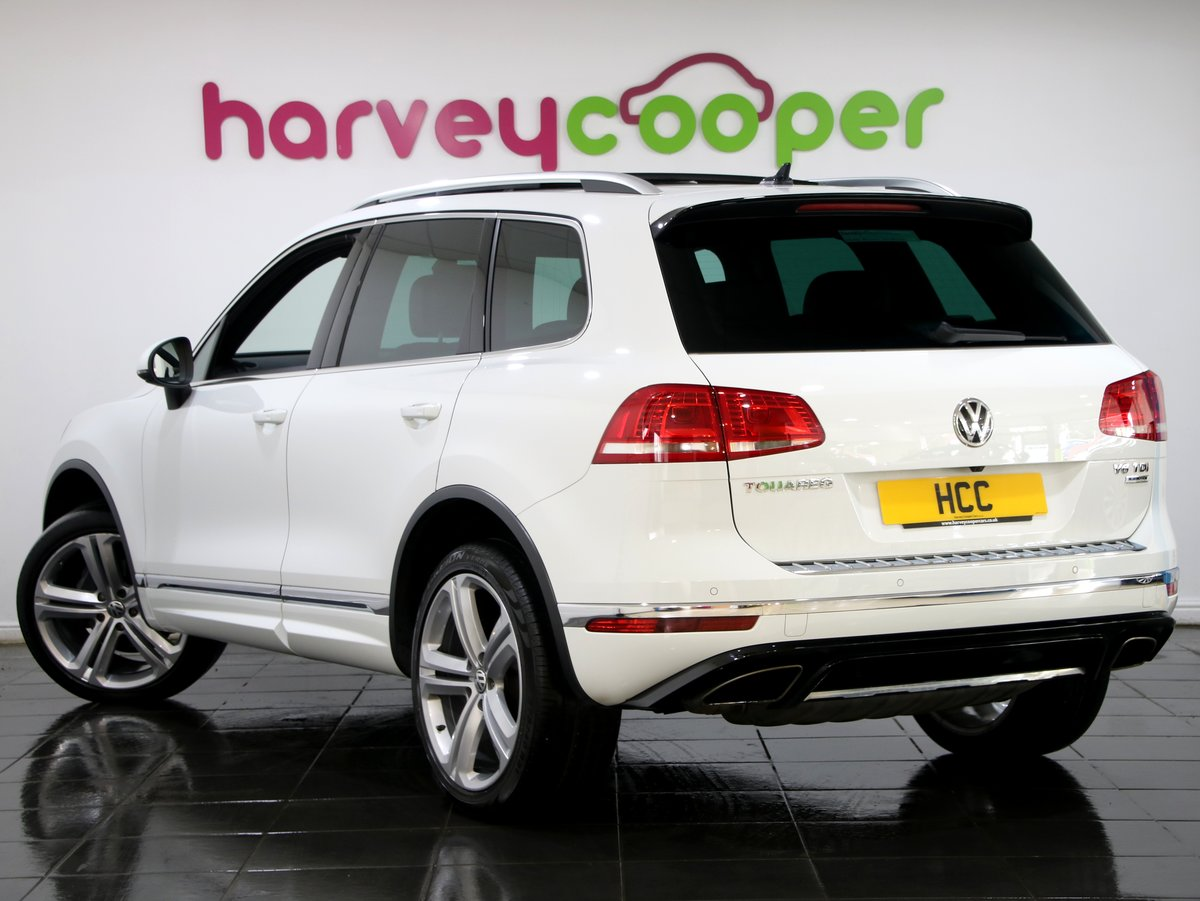 2017 Volkswagen Touareg 3.0 V6 TDI R Line + 5dr Auto For Sale (picture 2 of 6)