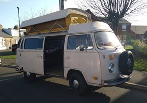 1975 VW BAY WINDOW BUS CAMPER POP TOP  For Sale