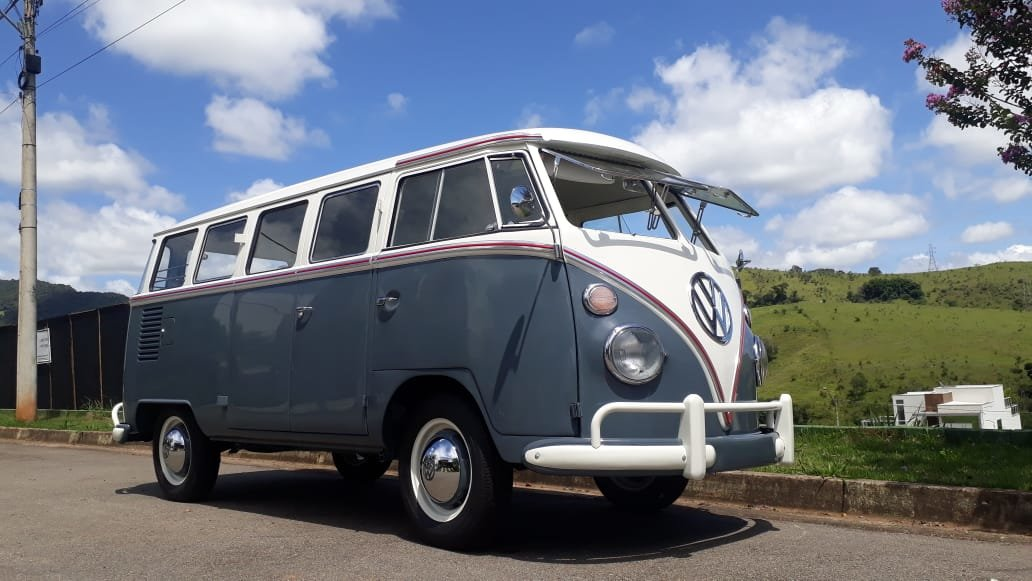 1966  AAA Quality 11 window bus For Sale (picture 1 of 6)