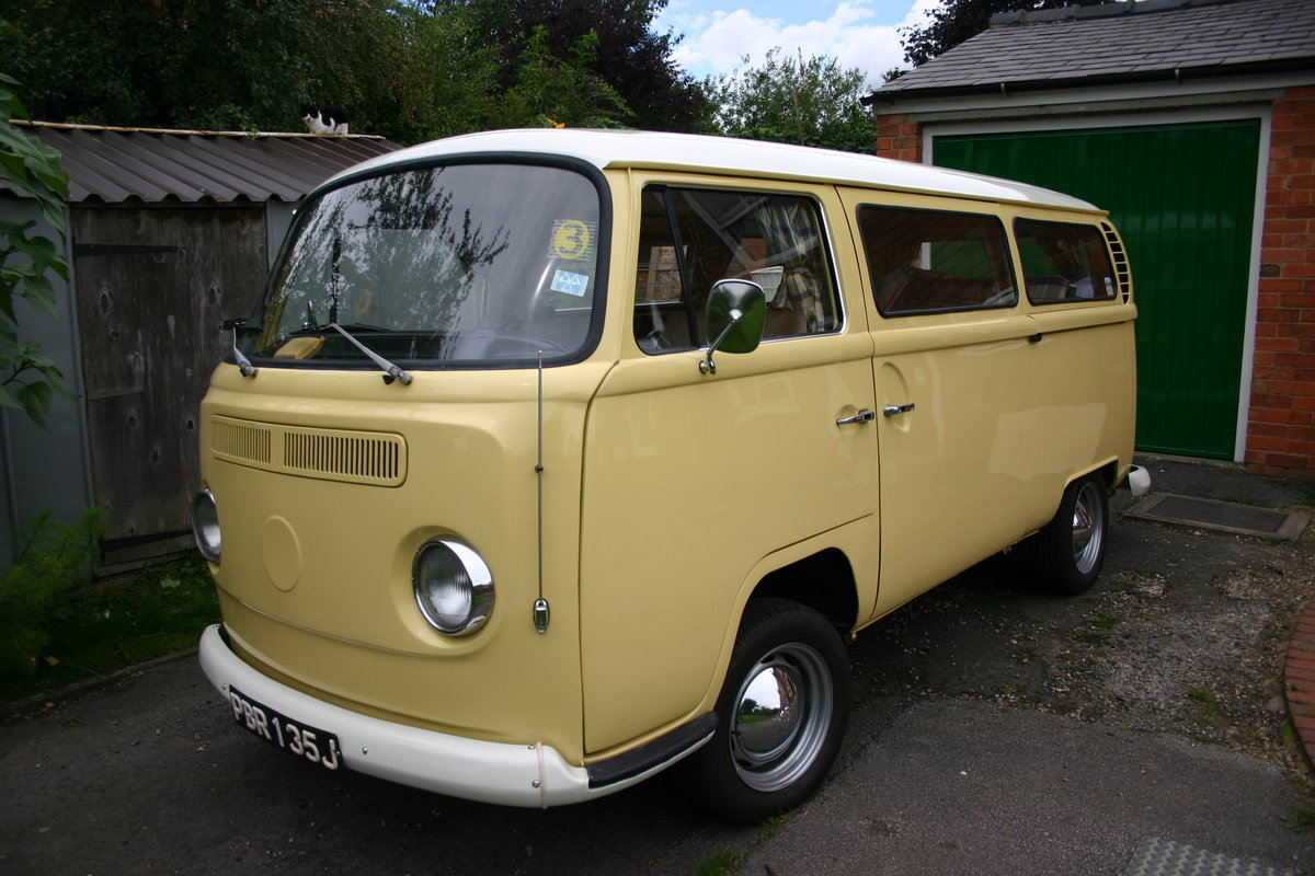 1970 VW T2 Bay Campervan Classic  For Sale (picture 1 of 6)