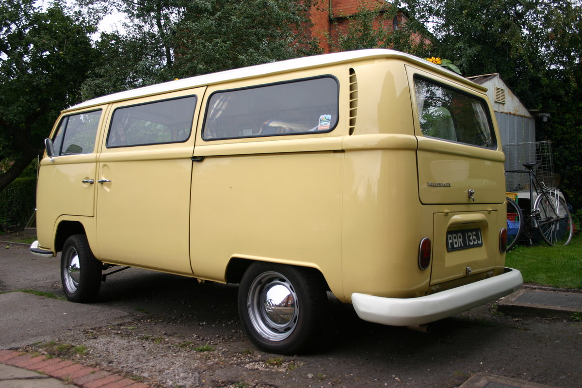 1970 VW T2 Bay Campervan Classic  For Sale (picture 3 of 6)