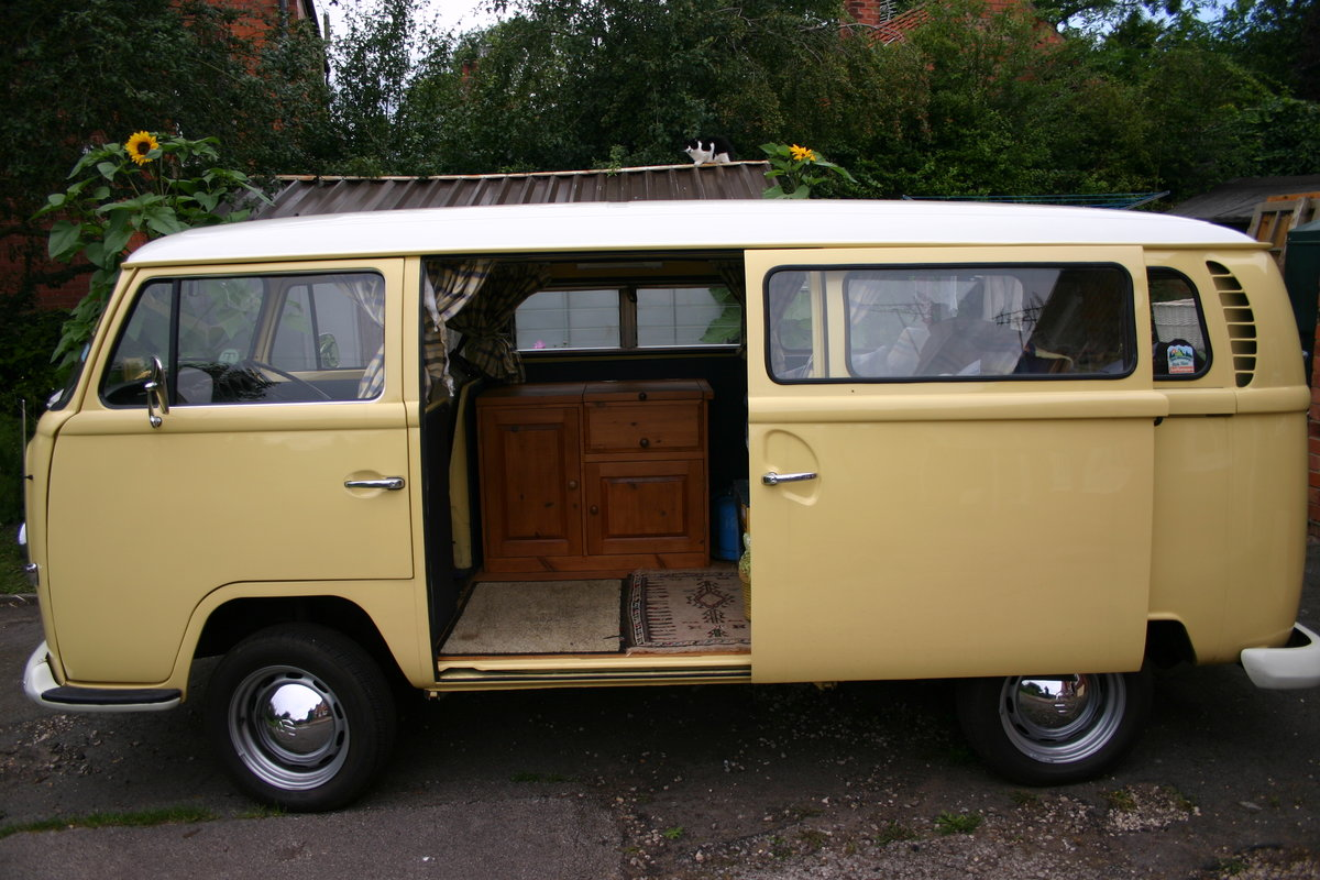 1970 VW T2 Bay Campervan Classic  For Sale (picture 4 of 6)