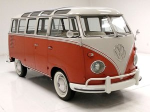 1961 Volkswagen Deluxe 23-Window Microbus