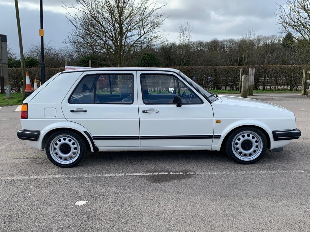 VW VOLKSWAGEN GOLF MK2 1.6 CL 4+E 5DR WHITE NON GTI 1987 SOLD (picture 4 of 14)
