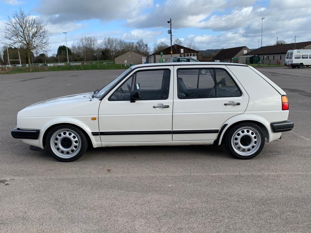 VW VOLKSWAGEN GOLF MK2 1.6 CL 4+E 5DR WHITE NON GTI 1987 SOLD (picture 5 of 14)