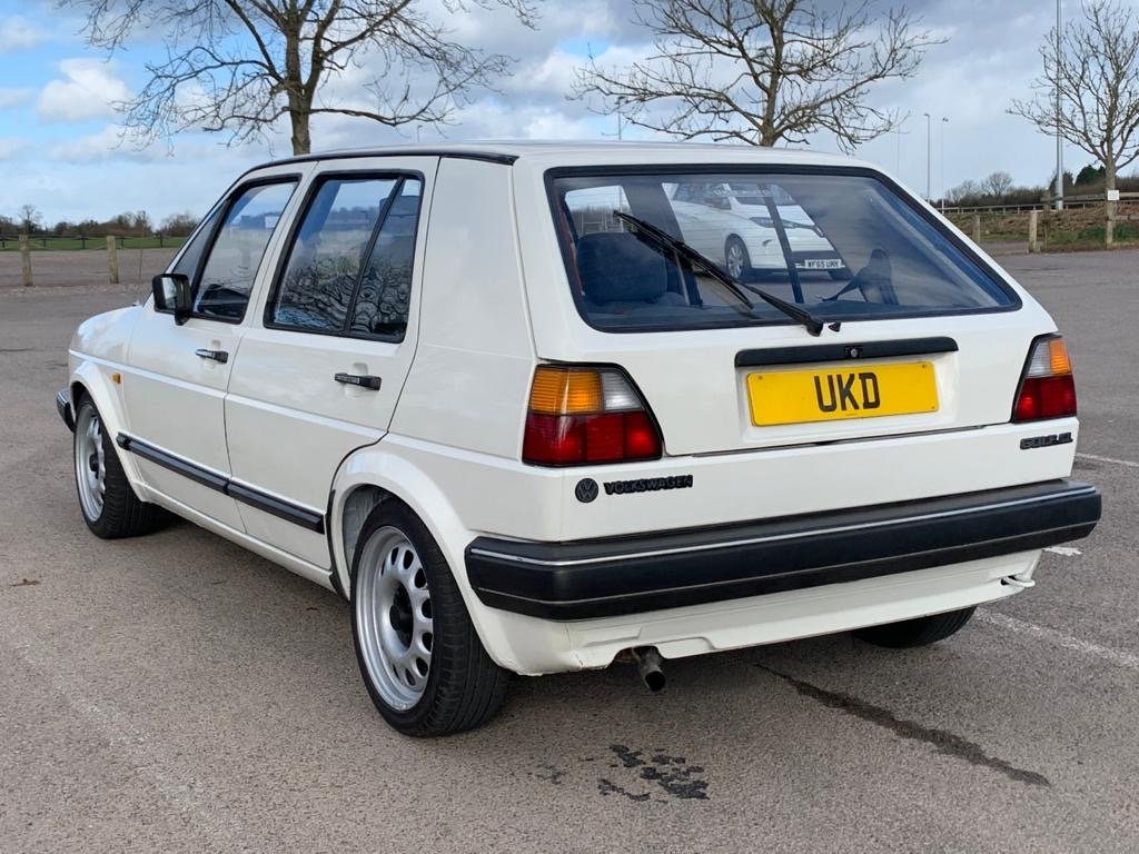 VW VOLKSWAGEN GOLF MK2 1.6 CL 4+E 5DR WHITE NON GTI 1987 SOLD (picture 6 of 14)
