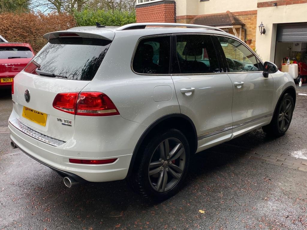 £12,995 : 2013 VOLKSWAGEN TOUREG 3.0 ALTITUDE TDI AUTOMATIC For Sale (picture 3 of 6)