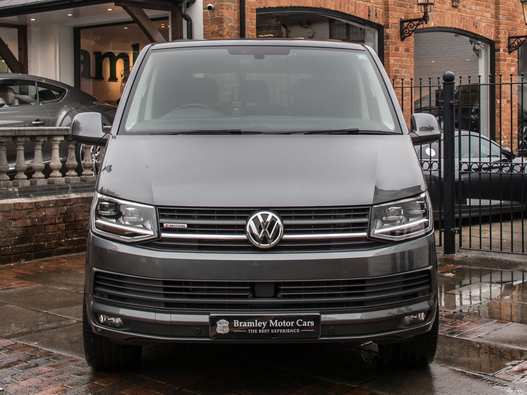 2017 Volkswagen    Transporter T32 Highline 4Motion  For Sale (picture 3 of 18)
