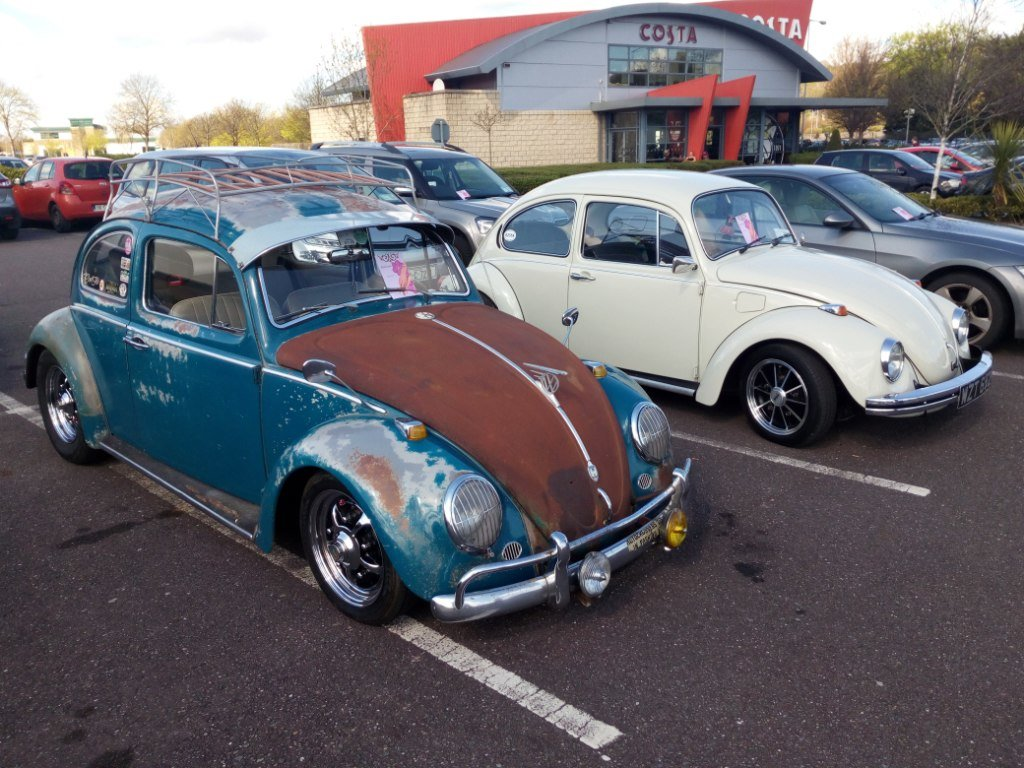 U.S. 1964 Patina Bug - Lots of accessories For Sale (picture 5 of 6)