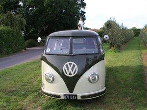1951 Volkswagen Split Screen 'Barn Door' 23 A Kombi