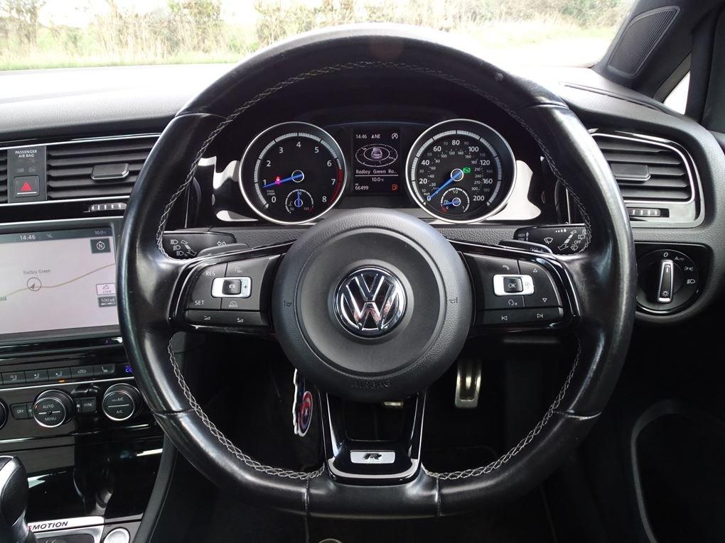 2016 Volkswagen  GOLF  R 2.0 TSI 5 DOOR DSG AUTO  17,948 For Sale (picture 7 of 21)