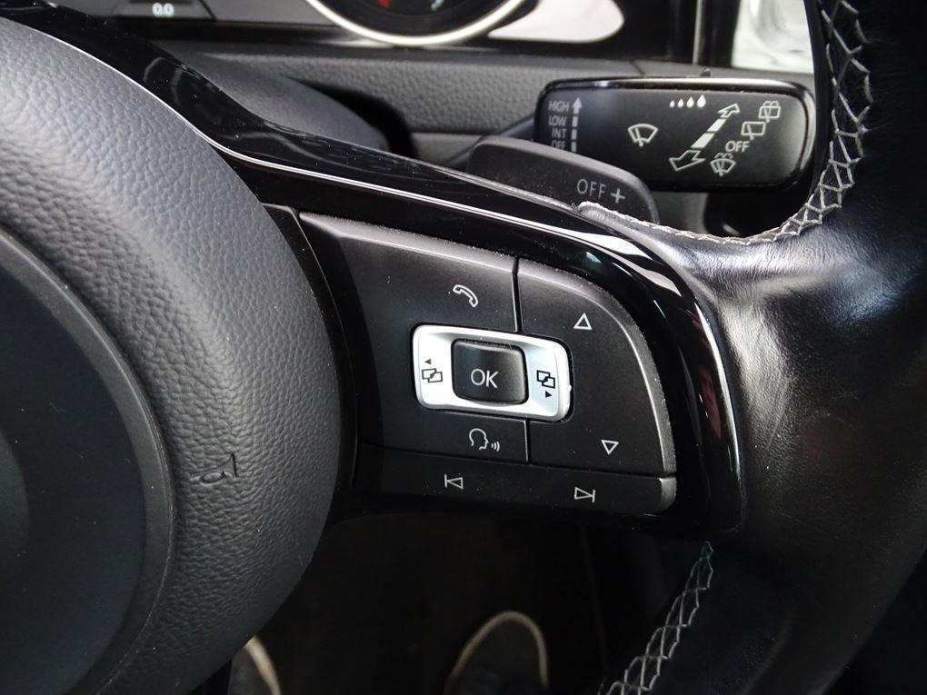 2016 Volkswagen  GOLF  R 2.0 TSI 5 DOOR DSG AUTO  17,948 For Sale (picture 20 of 21)