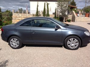 VW EOS Convertible UK reg. LH Drive
