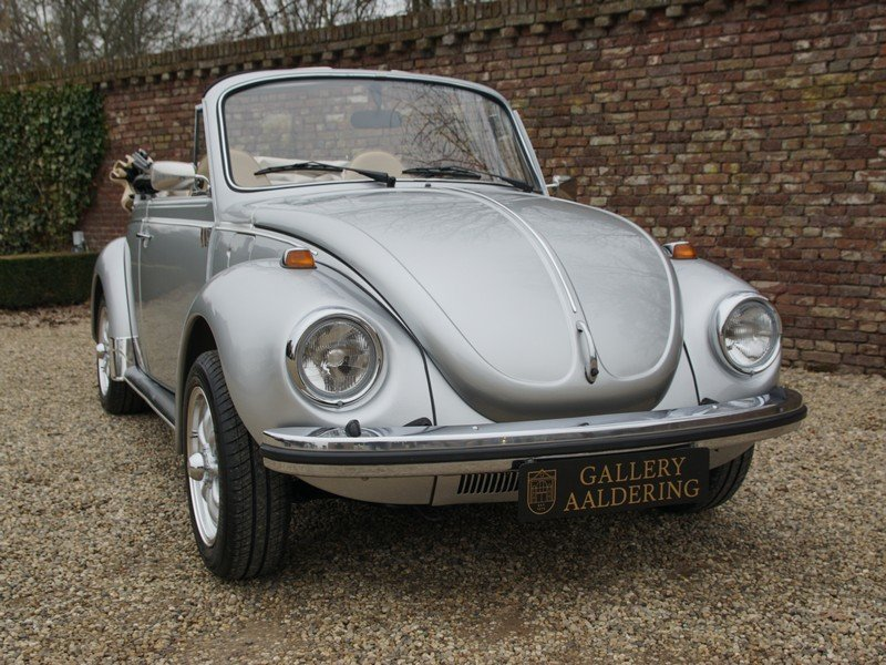 1974 Volkswagen Beetle convertible For Sale (picture 5 of 6)