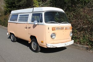1972 Volkswagen Bus Type 2 Westfalia