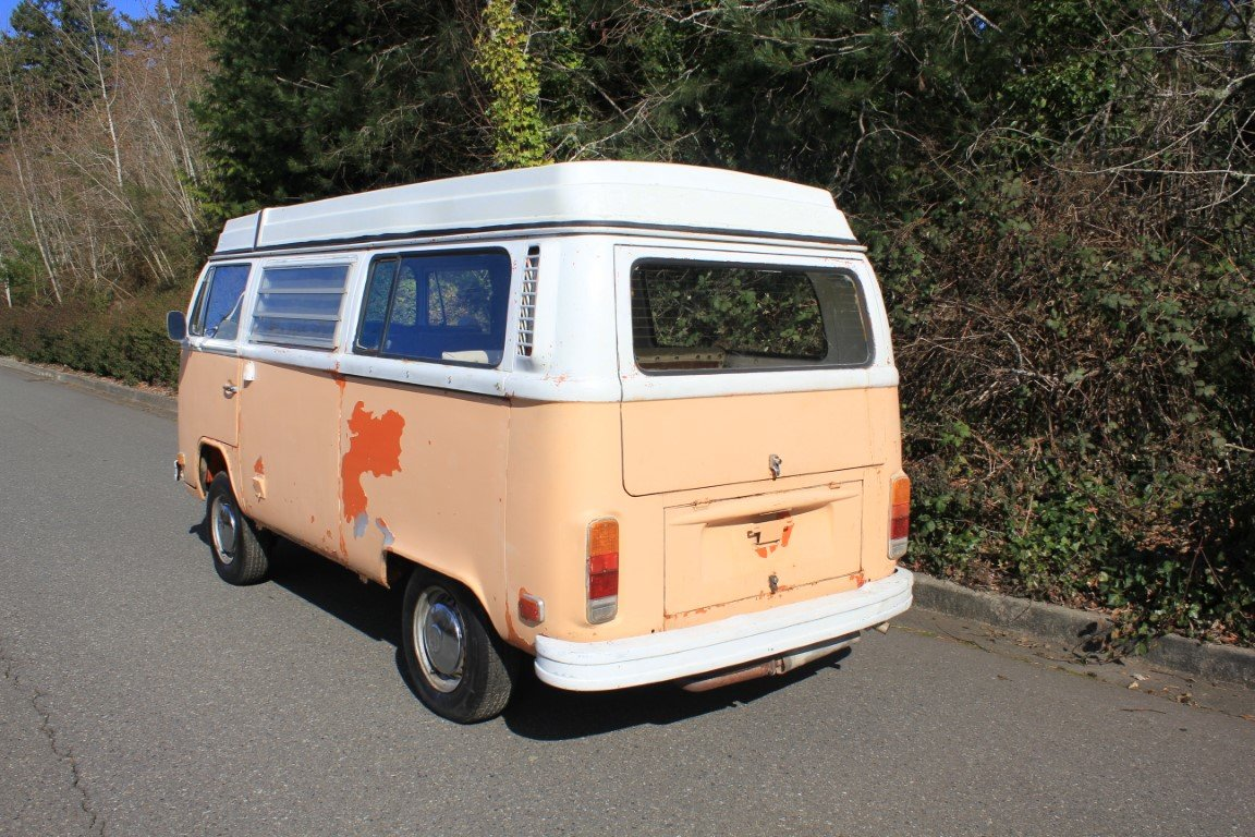 1972 Volkswagen Bus Type 2 Westfalia For Sale by Auction (picture 2 of 6)