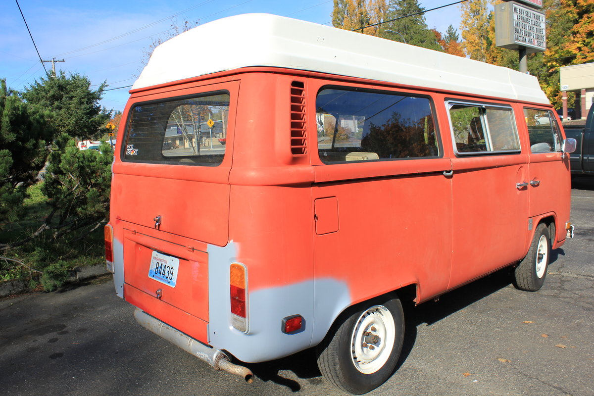 1973 Volkswagen Bus Type 2 Riviera For Sale by Auction (picture 2 of 4)