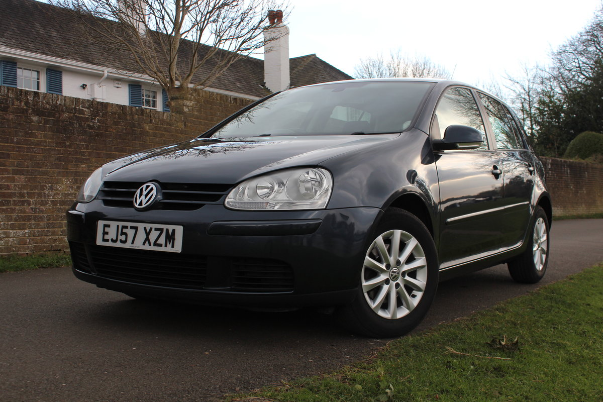 2007 Volkswagen Golf MK5 1.9TDI Match Edition * SUPERB EXAMPLE * SOLD (picture 2 of 6)