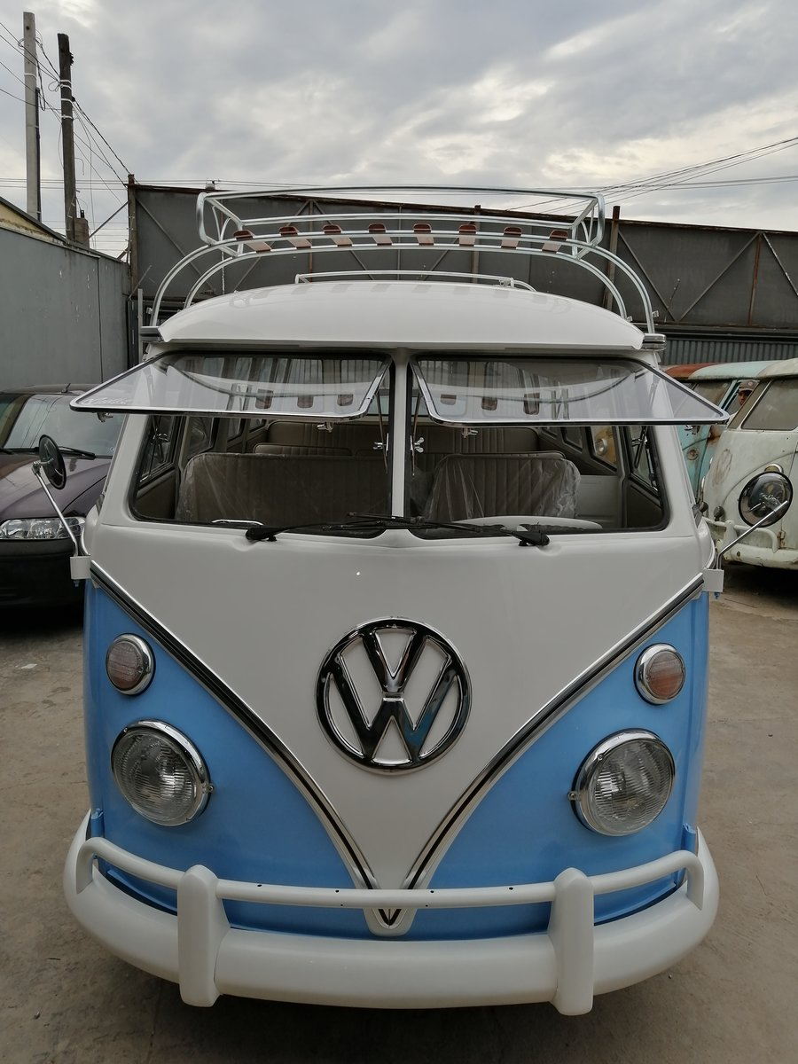 1975 Top quality restored VW T1 split window bus For Sale (picture 4 of 6)