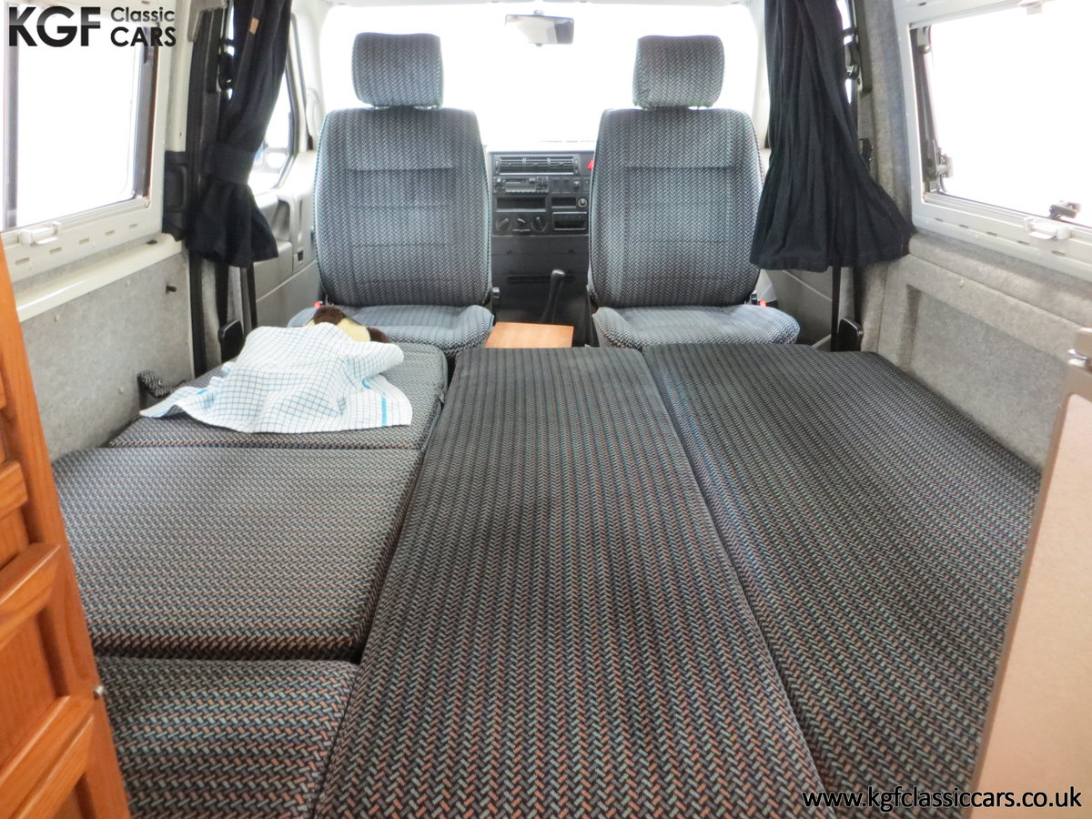 2001 A Young Conversion LWB Volkswagen T4 2.5TDi Campervan For Sale (picture 17 of 24)