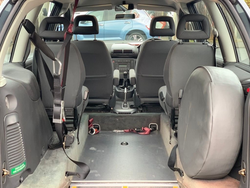 2006 Volkswagen Sharan 2.0 S 5dr - WHEEL CHAIR ACCESS For Sale (picture 5 of 6)
